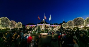 frontrow_opryland_christmas